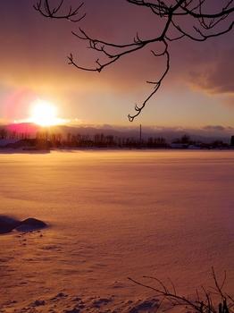 12.1.27.雪と夕日2s.jpg
